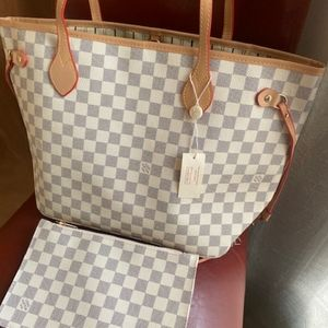 ***neverfull medium Louis Vuitton handbags